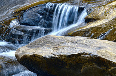 Photograph - Horseshoe Falls 11 Color 2 by Joseph C Hinson Photography