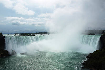 Photograph - Horseshoe Falls by Mary Capriole