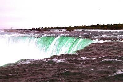Photograph - Niagara Falls,,,horseshoe's Edge Bwb by Daniel Thompson
