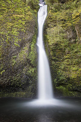 Photograph - Horsetail Falls In Oregon With Splash by John McGraw