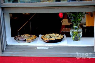 Photograph - Hot Homemade Bluberry Pie by Lennie Malvone