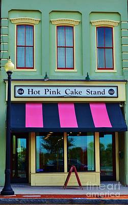 Photograph - Hot Pink Cake Stand by Bob Sample