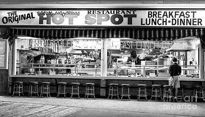Wildwood Nj Photograph - Hot Spot Dining by John Rizzuto