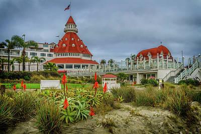 Photograph - Hotel Del Coronado San Diego Ca_7r2_dsc3034_17-01-14 by Greg Kluempers