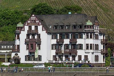 Pinot Noir Photograph - Hotel In Assmannshausen Germany by Teresa Mucha