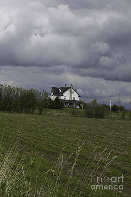 Photograph - House In Land And Skyscape by Donna Munro