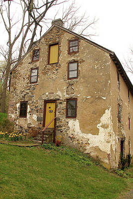 Photograph - House In Pennsylvania by Emanuel Tanjala