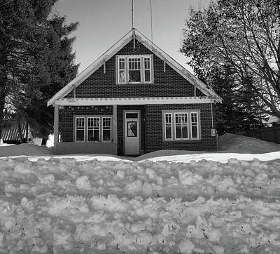 Photograph - House In The Snow by David Pantuso