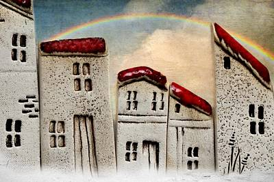 Row Mixed Media - House Landscape by Heike Hultsch