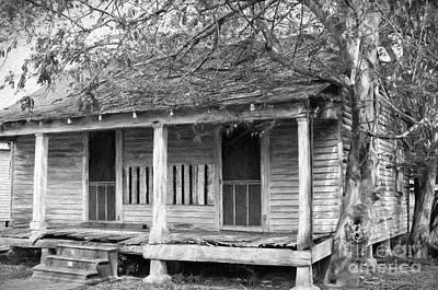 Photograph - House On Chetimaches St 2 - La - Digital Art by Kathleen K Parker