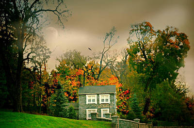 Photograph - House On The Hill by Diana Angstadt