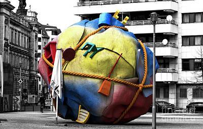 Photograph - Houseball Berlin by John Rizzuto