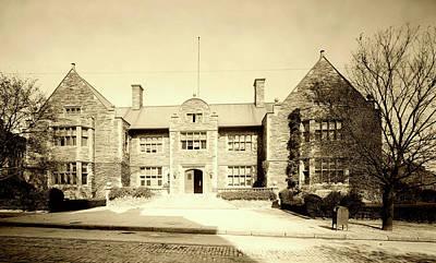 Photograph - Houston Hall - University Of Pennsylvania C 1905 by L O C