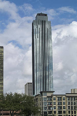 Photograph - Houston - Williams Tower by Allen Sheffield