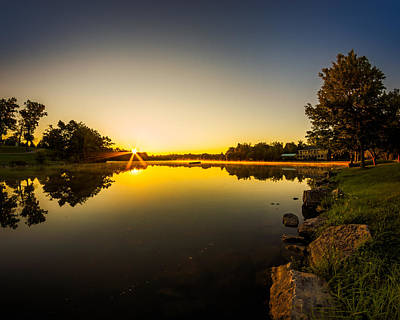 Photograph - Hoyt Lake Sunrise Clear Skies N1 by Chris Bordeleau