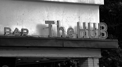 Photograph - Hub Bar Sign Fa by David Lee Thompson
