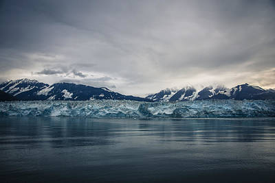 Robin Williams Photograph - Hubbard Glacier by Robin Williams