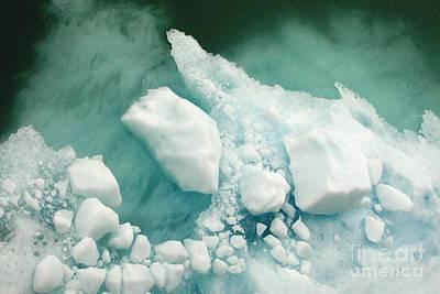 Photograph - Hubbard Iceberg by Frank Townsley
