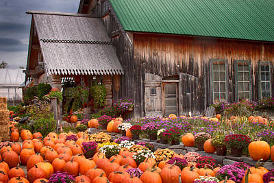 Photograph - Hudaks Cider Mill And Farmstand by Jeff Folger