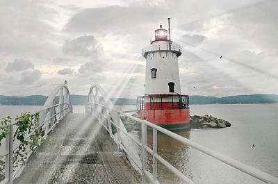 Photograph - Hudson Light by Diana Angstadt