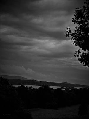 Photograph - Hudson River At Hyde Park B W by Rob Hans