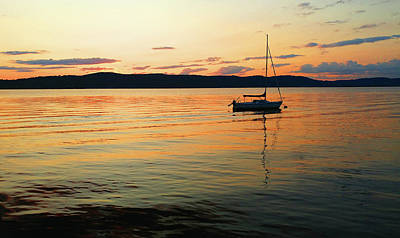 Hudson River From Irvington In Westchester County Art Print