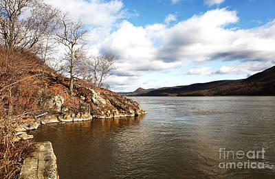Hudson River View Art Print by John Rizzuto