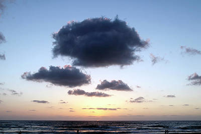 Huge Clouds In The Rays Of The Sea Sunset Art Print