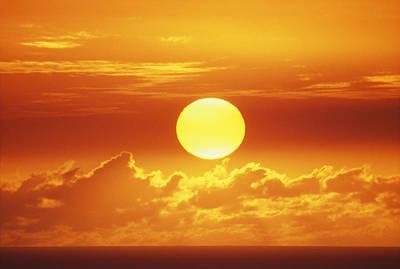Large Sinks Photograph - Huge Orange Sun by Bob Abraham - Printscapes