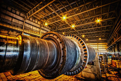 Photograph - Huge Turbine  by Mark Perelmuter