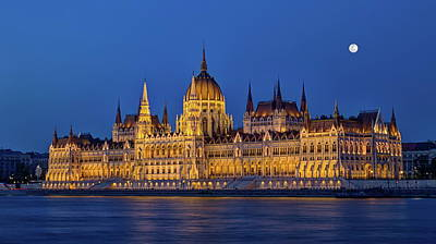 Photograph - Hungarian Parliament Building In Budapest, Hungary, Hdr by Elenarts - Elena Duvernay photo