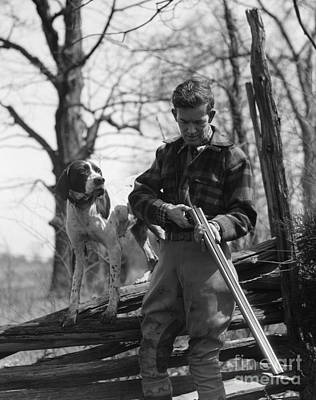 Split Rail Fence Photograph - Hunter Loading Shotgun, C.1930s by H. Armstrong Roberts/ClassicStock