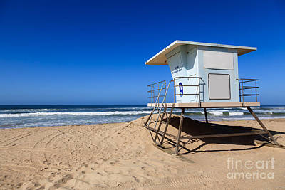 California Coast Photograph - Huntington Beach Lifeguard Tower Photo by Paul Velgos