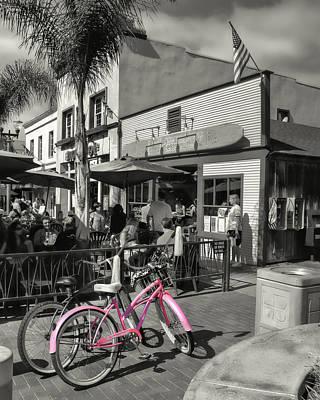 Huntington Beach Longboard Restaurant And Pub Art Print by Rich Beer