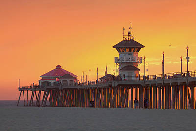 Photograph - Huntington Beach Pier At Sunset by Ram Vasudev
