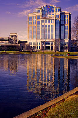 Downtown Huntsville Photograph - Huntsville Alabama Rbc Bank Building 2 by Lesa Fine