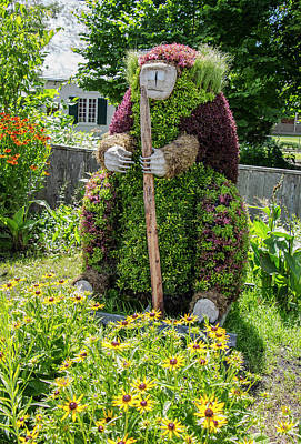 Photograph - Huron Wendat Topiary Spirit Bear by Venetia Featherstone-Witty