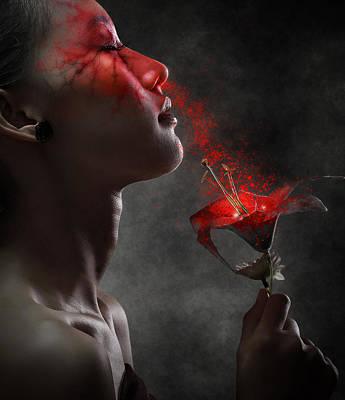 Poison Photograph - Hypnotized by Azalaka