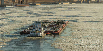 Photograph - Ice On The Mississippi River In St Louis by Garry McMichael