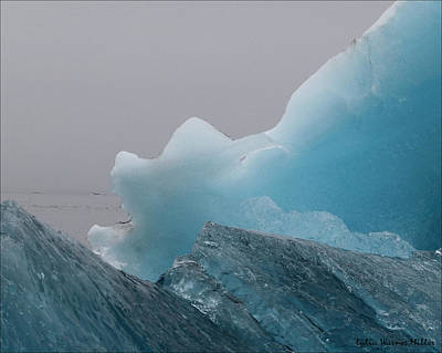 Iceberg 2 Art Print