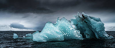 Photograph - Iceberg IIi by James Billings