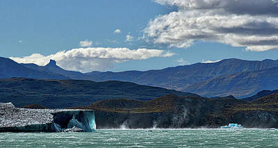 Photograph - Icebergs And Waterspouts On Viedma Lake - Patagonia by Stuart Litoff