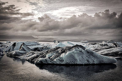 Photograph - Icebergs In Glacier Lagoon - Iceland by Stuart Litoff