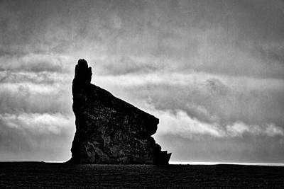 Photograph - Iceland Rock Formations #5 by Stuart Litoff