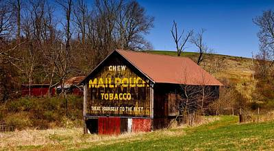 Mail Pouch Photograph - Iconic Mail Pouch Tobacco Barn In Ohio by L O C