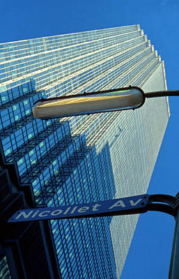 Photograph - Ids At Nicollet Avenue by Lonnie Paulson