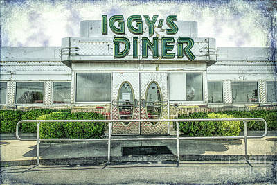 Photograph - Iggy's Diner by Lynn Sprowl