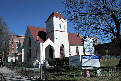Photograph - Iglesia Methodista Originally The Corona Methodist Church  by Steven Spak