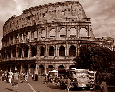 Photograph - Il Colosseo by Steven Myers