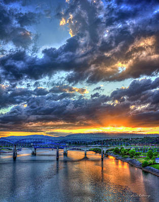 Photograph - I'll Be Back Chattanooga Bridge Sunset Art by Reid Callaway